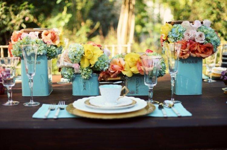 Blue Vase w/ Flowers
